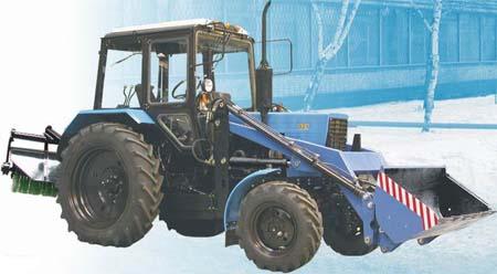Машина коммунальная МК-Б «Беларус» (трактор Беларус -82.1 в комплектации с фронтальным погрузчиком и щеточным оборудованием)