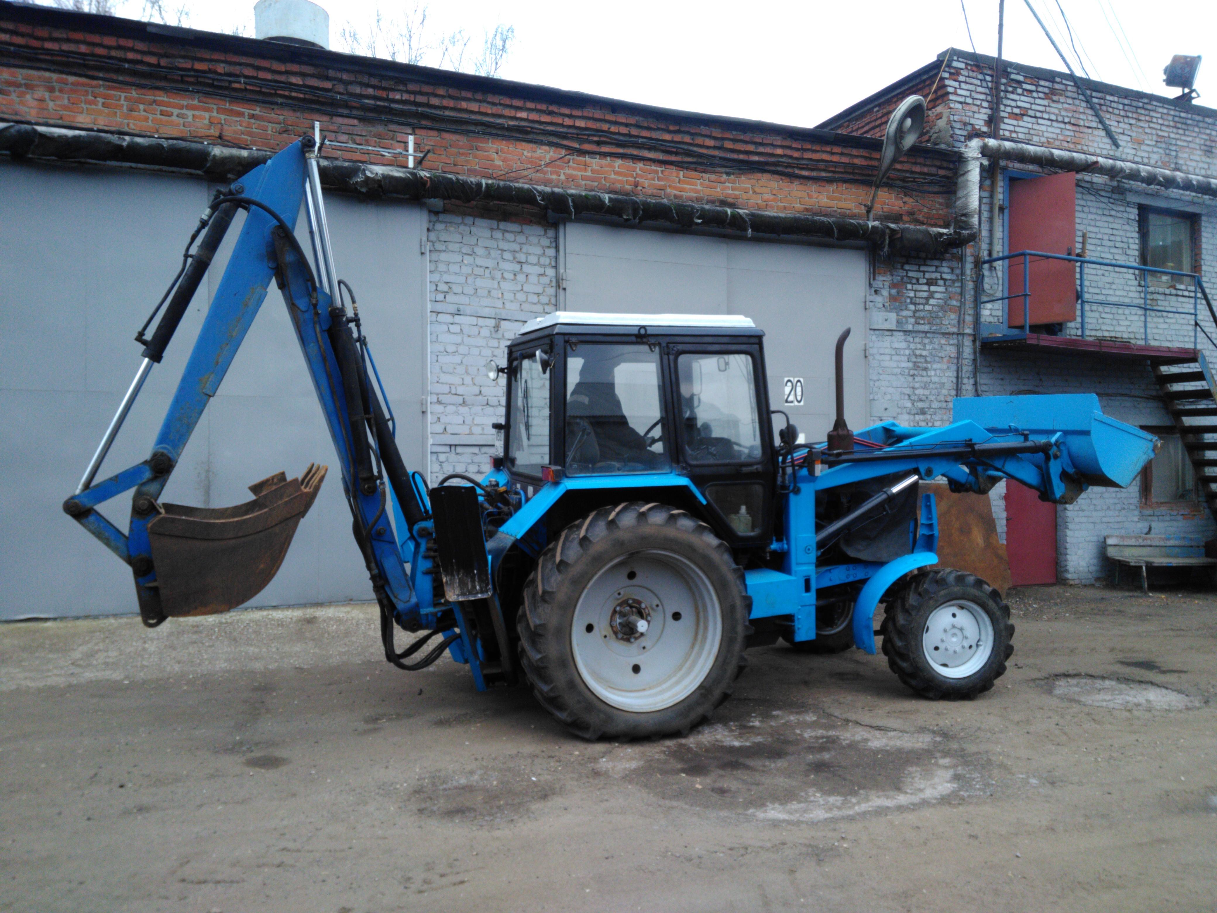 Трактор Беларус 1523 с наработкой 300 м/час
